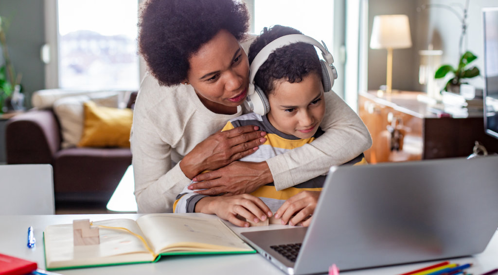 Mom and child shopping online